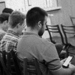 Братья слушают проповедь